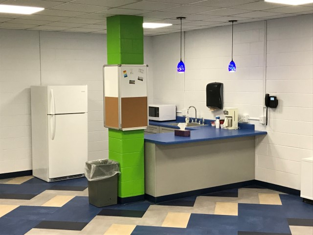 Youth Room - kitchenette